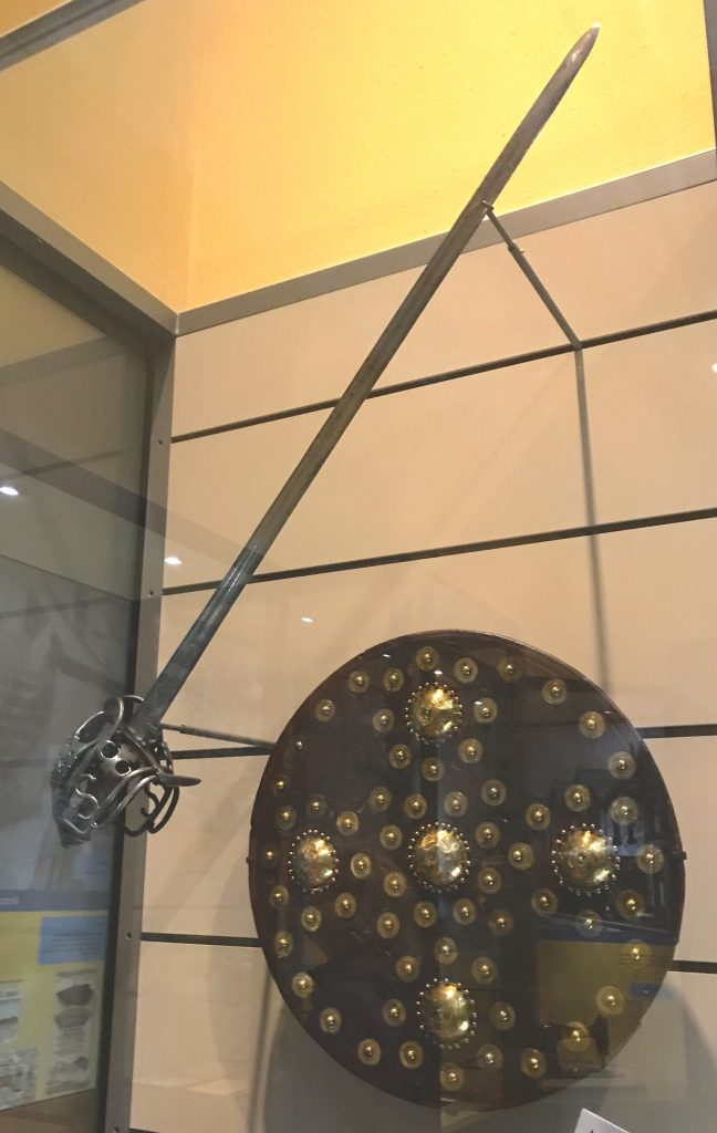 claymore broadsword and targe or shield (targaid)