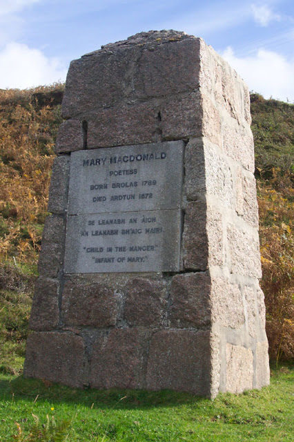 Monument to Mary MacDonald composer of Child of Joy Leanabh an àigh